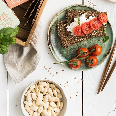 Ekologiški linų sėmenų krekeriai su prieskoninėmis žolelėmis, Diet Food (90g) | ifood.lt
