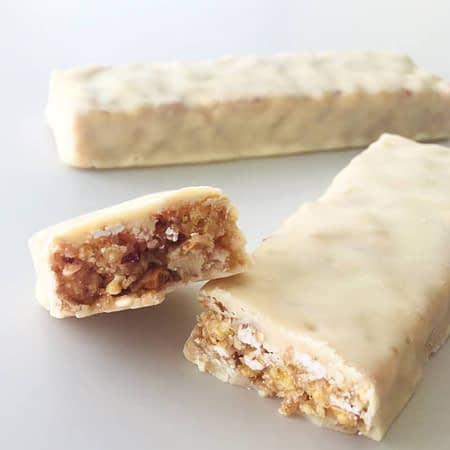 Javainių batonėliai su uogomis ir jogurtu, be cukraus, Sweet Switch (6vnt. x 30g) | ifood.lt