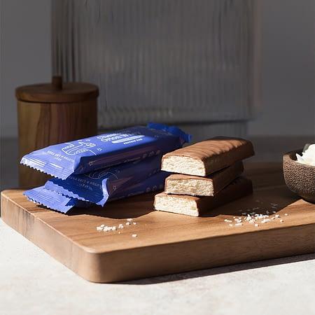 Baltyminis batonėlis su šokoladu ir kokosu, be cukraus ir glitimo, Cheatless (45g) | ifood.lt